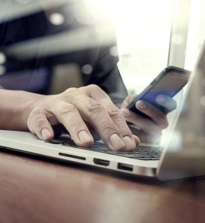 Leptop office smartphone